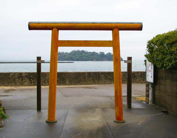 鳥の巣から神島を望む【スーベニアプロジェクト】タビモノ 2011:熊野 vol.4 「熊野を感じる」