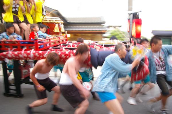 担ぎ手【スーベニアプロジェクト】タビモノ 2011:七尾 – 珠洲 – 輪島 vol.4 「七尾祇園祭」