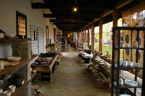 回廊ギャラリー門【スーベニアプロジェクト】タビモノ 2011:笠間 – つくば vol.2 「笠間焼と豆腐」